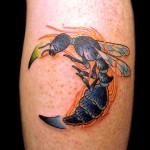 蜂 ハチ  (刺青 タトゥー tattoo 画像 デザイン)