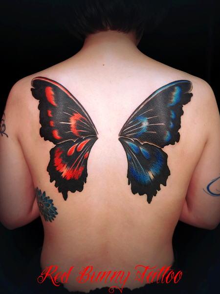 タトゥー 羽 蝶 tattoo butterfly