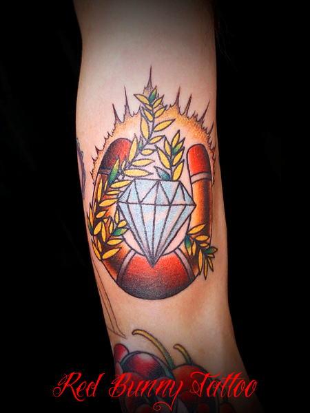 ダイヤモンド ホースシュー (刺青 タトゥー tattoo 画像 デザイン)