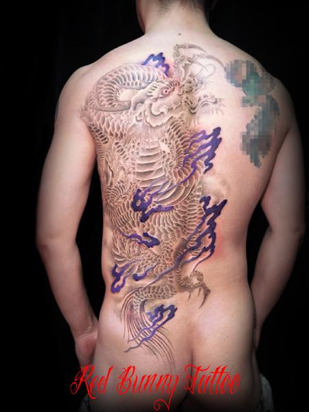 龍 刺青 和彫り デザイン