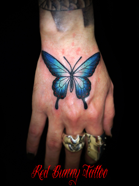 蝶のタトゥーデザイン butterfly tattoo