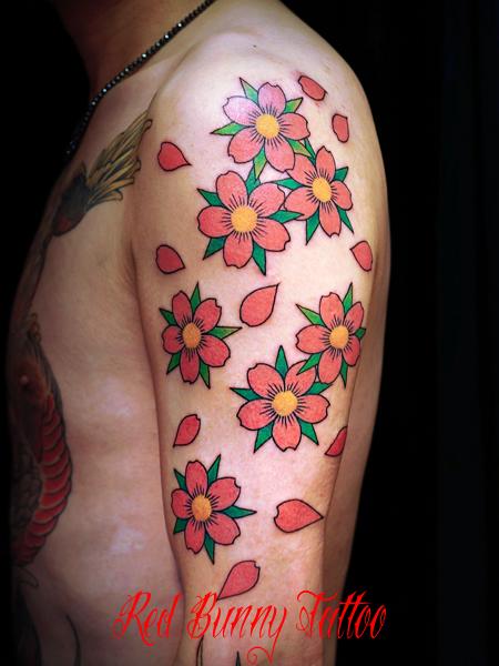 花・桜のタトゥーデザイン 桜散らし cherry blossom tattoo