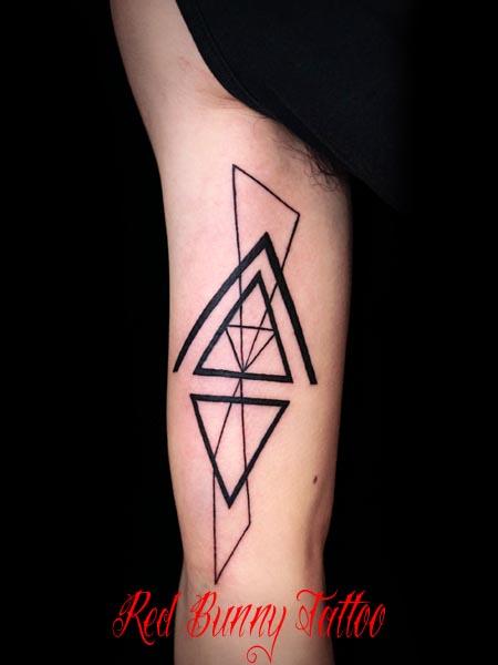 図形のタトゥーデザイン  tattoo