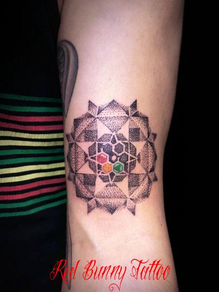 ドット トライバル タトゥーデザイン dot tribal tattoo