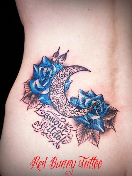 バラと月とメッセージ タトゥーデザイン 女性 tattoo flower rose
