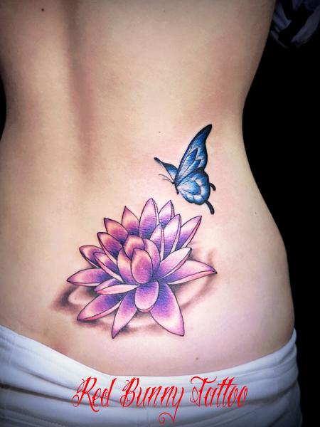 蓮と蝶のタトゥーデザイン lotus&butterfly tattoo 女性・腰