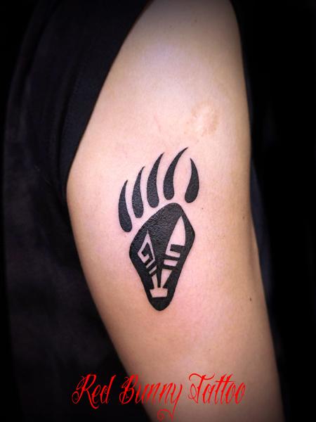熊の爪 タトゥーデザイン hyda bear claw tattoo
