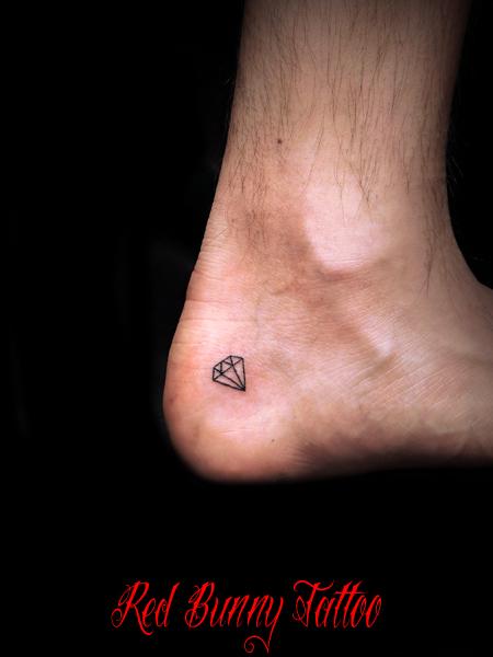 ダイヤモンド タトゥーデザイン diamond tattoo かかと
