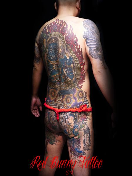 不動明王 背中一面の刺青・和彫り