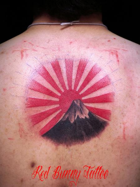 富士と旭日のタトゥーデザイン・画像  富士山、朝日