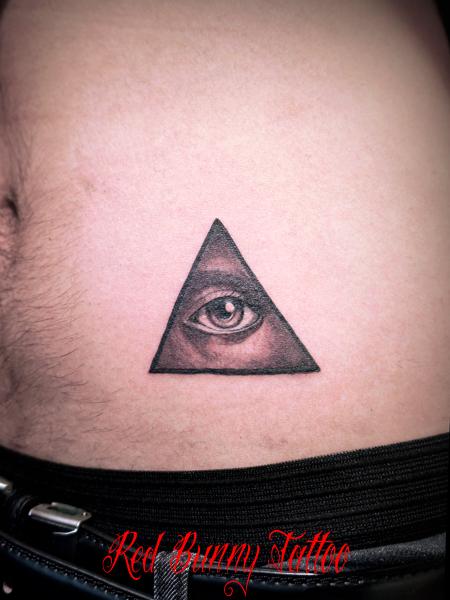プロビデンスの目 タトゥーデザイン