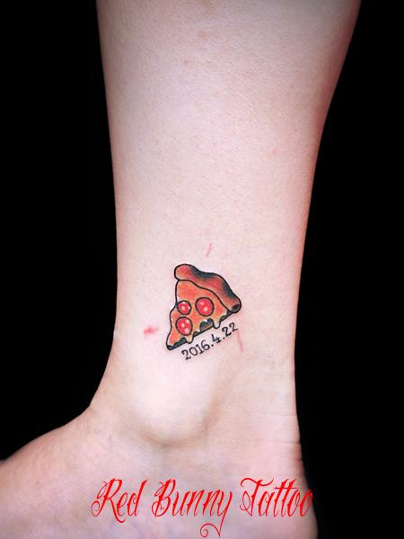 ピザのワンポイント・タトゥーデザイン pizza tattoo