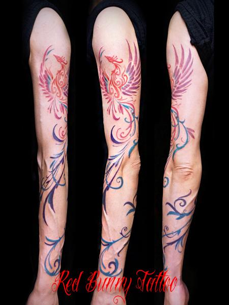 鳳凰のカラートライバル タトゥーデザイン