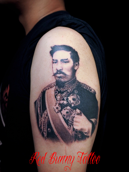 明治天皇のポートレート タトゥー