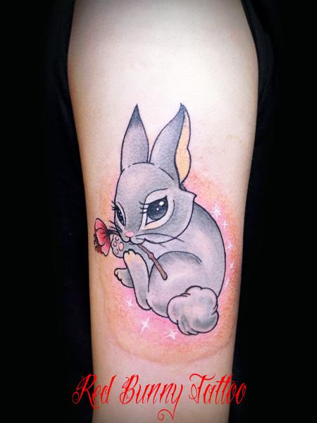 うさぎ タトゥーデザイン 女性 かわいい 動物