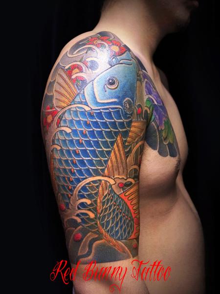 鯉と牡丹の刺青・和彫りのデザイン