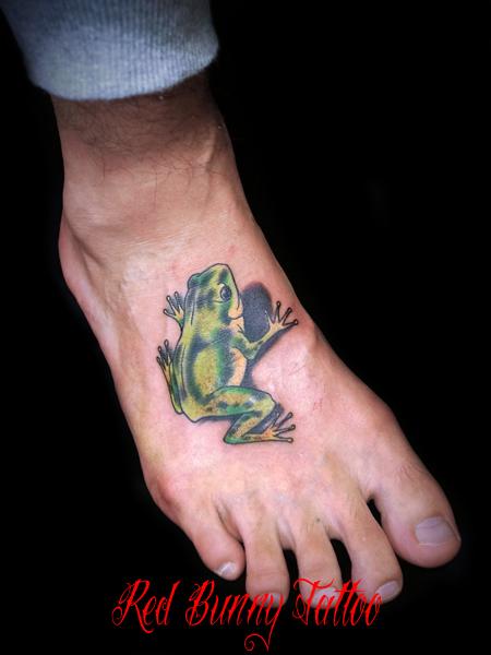 カエル・蛙のタトゥーデザイン 足の甲 frog-tattoo