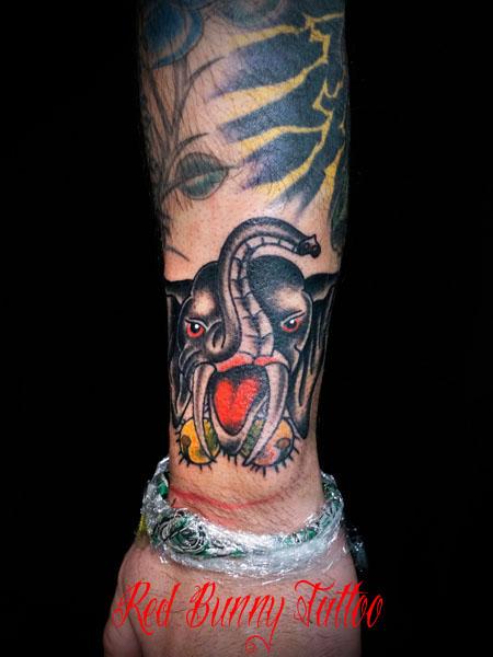 象のタトゥーデザイン elephant tattoo