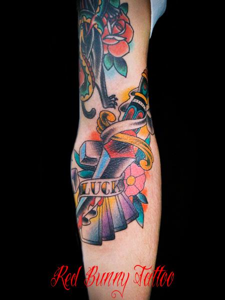 ダガー サイコロ アメリカントラディショナル タトゥーデザイン