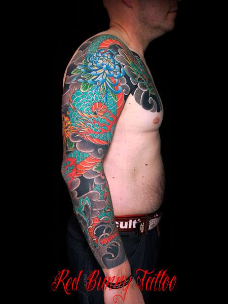 龍と菊 刺青・和彫りのデザイン  japanese-dragon-tattoo