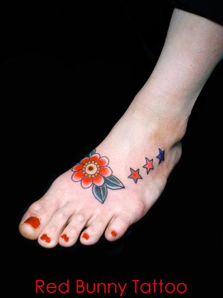 花 ワンポイント アメリカントラディショナル 女性 足の甲