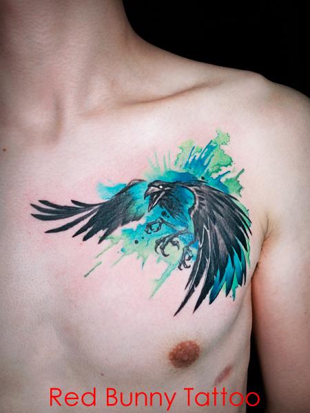 カラス 水彩 ウォーターカラー 胸 鳥のタトゥーデザイン