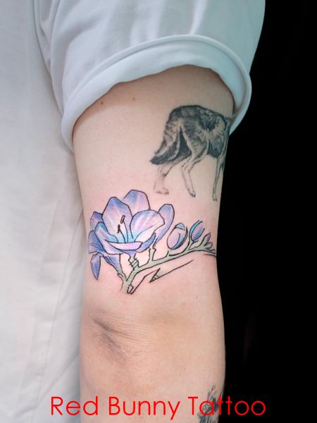 フリージア 花 タトゥーデザイン flower tattoo