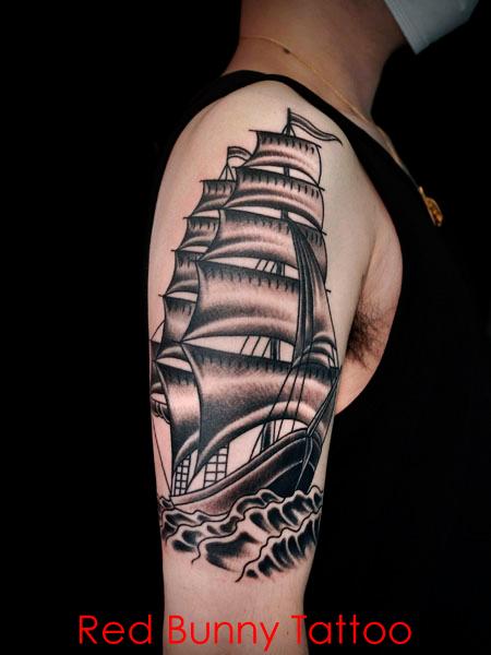 船のタトゥーデザイン アメリカントラディショナル オールドスクールタトゥー  trad ship tattoo