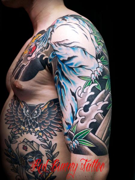 虎 刺青 和彫り 五分 額 japanese tattoo tiger