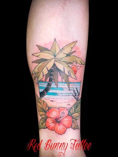 ハイビスカス・南国・海のタトゥーデザイン flower tattoo ハワイ